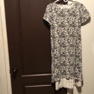 XS lularoe Carly dress!